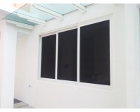 3 Panels Sliding window